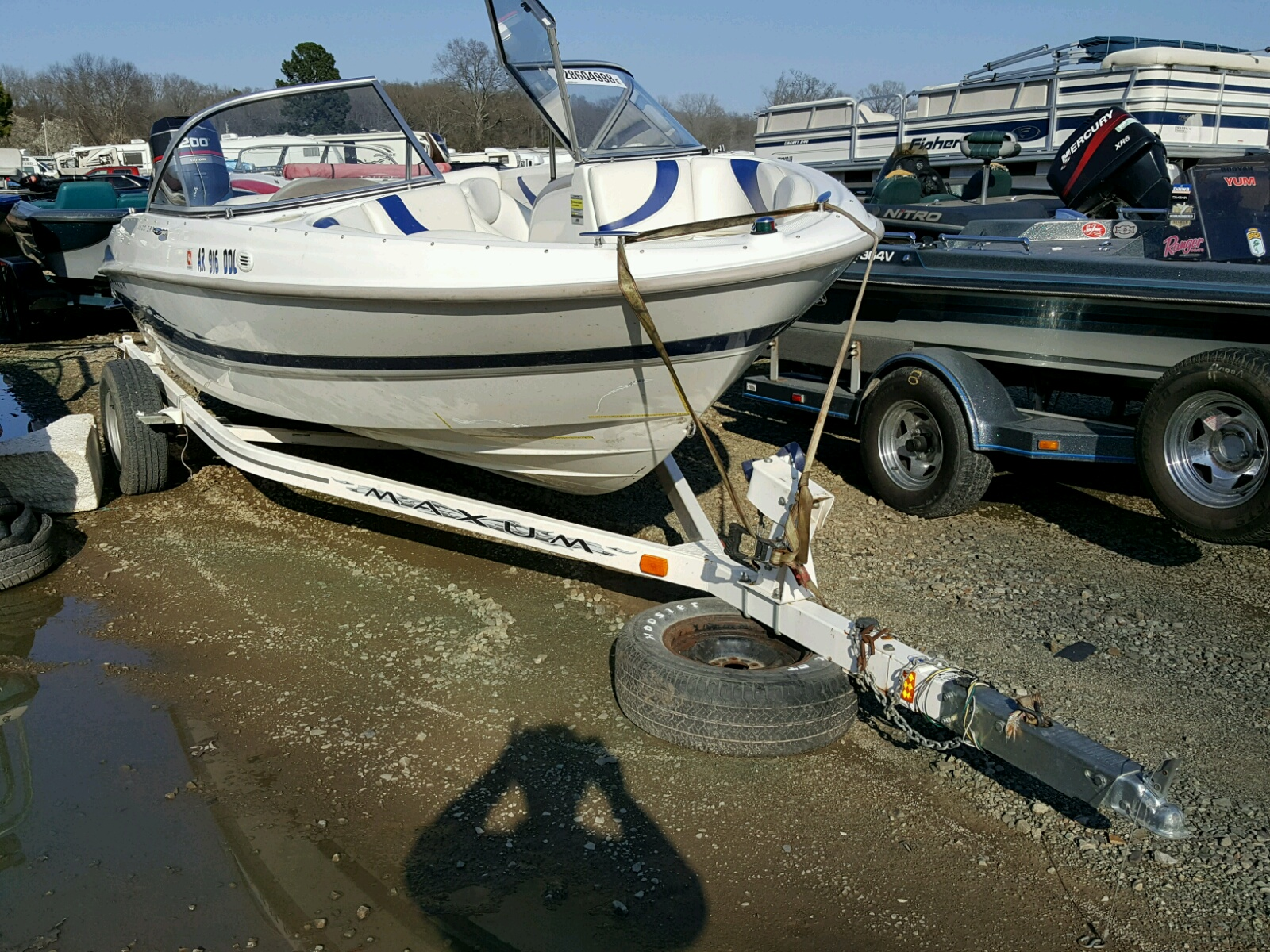 Salvage 2005 Maxum BOAT for sale