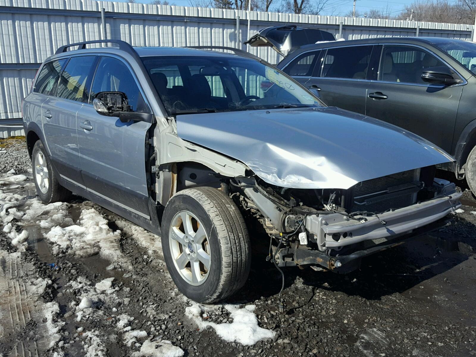 Auto Auction Ended On Vin Yv1vw27534f103573 2004 Volvo V40 In Ca V4 0 Wagon 2010 Xc70 32 32l