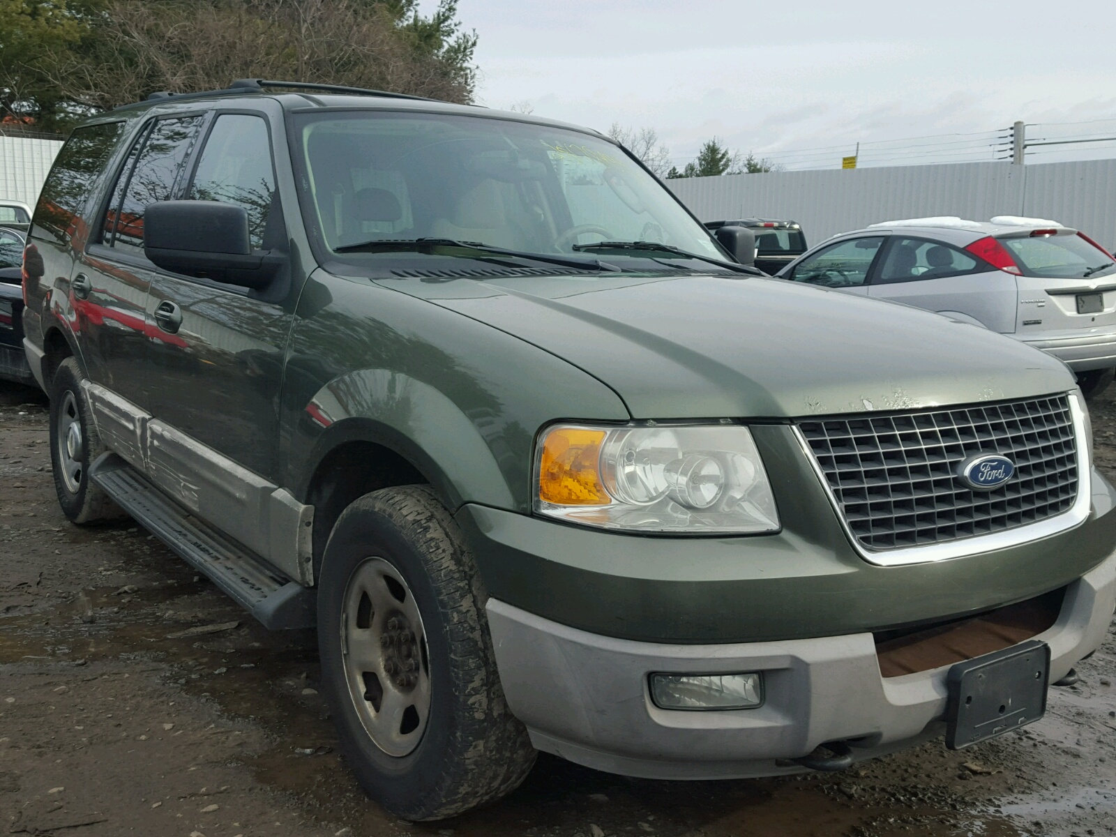 Fmpullb  Ford Expedition  L Left View