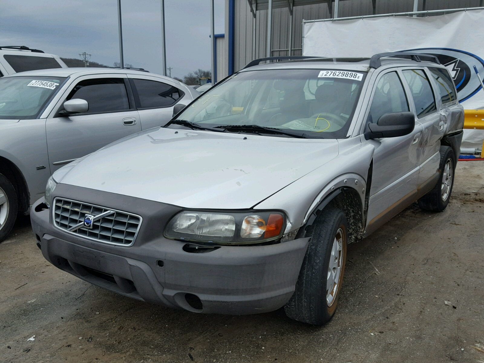 Yv1sz59h841127755 2004 Silver Volvo Xc70 On Sale In Tn Nashville Cross Country 25l Right View