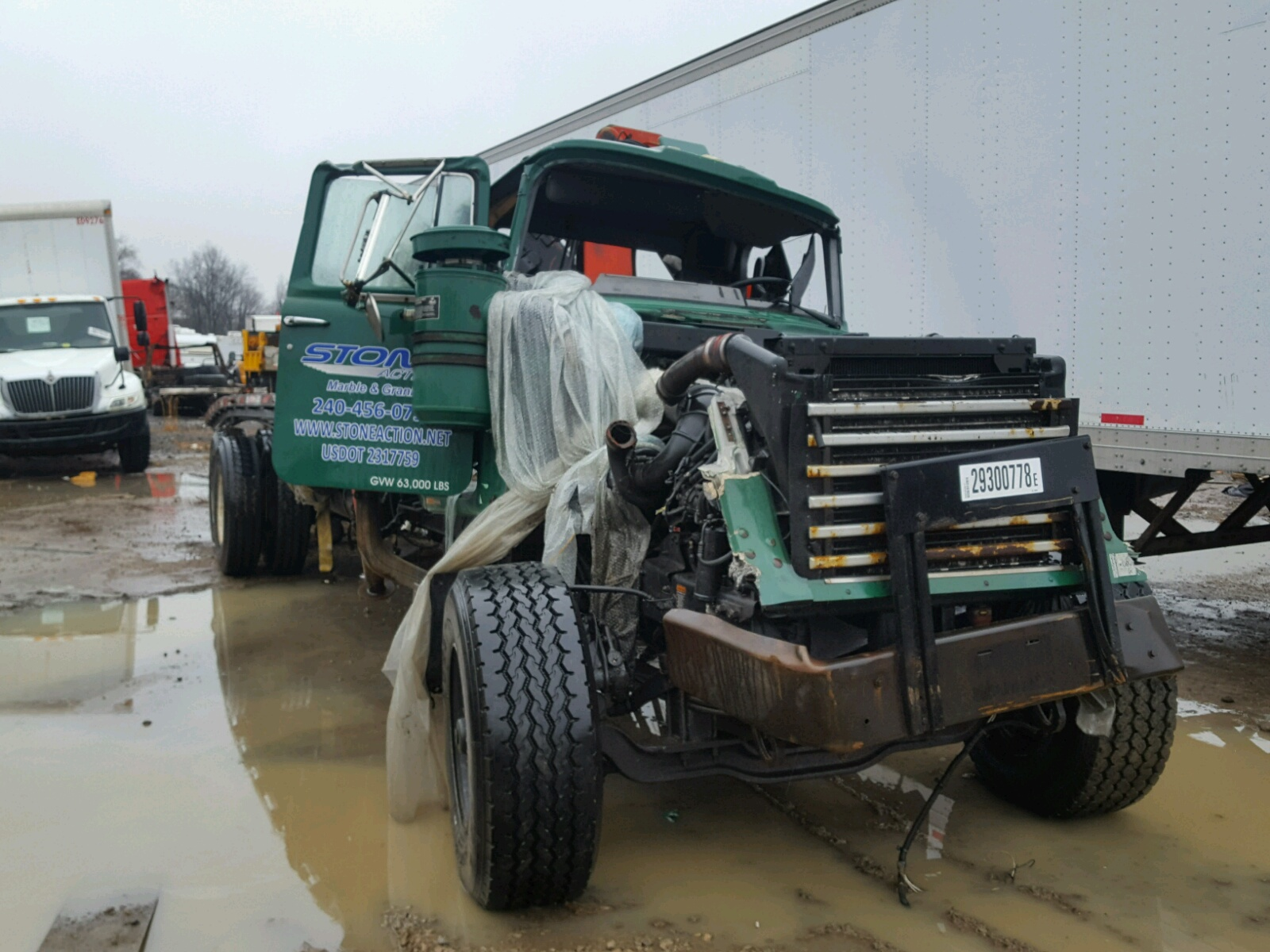 click here to view 1999 MACK 600 RD600 at IBIDSAFELY