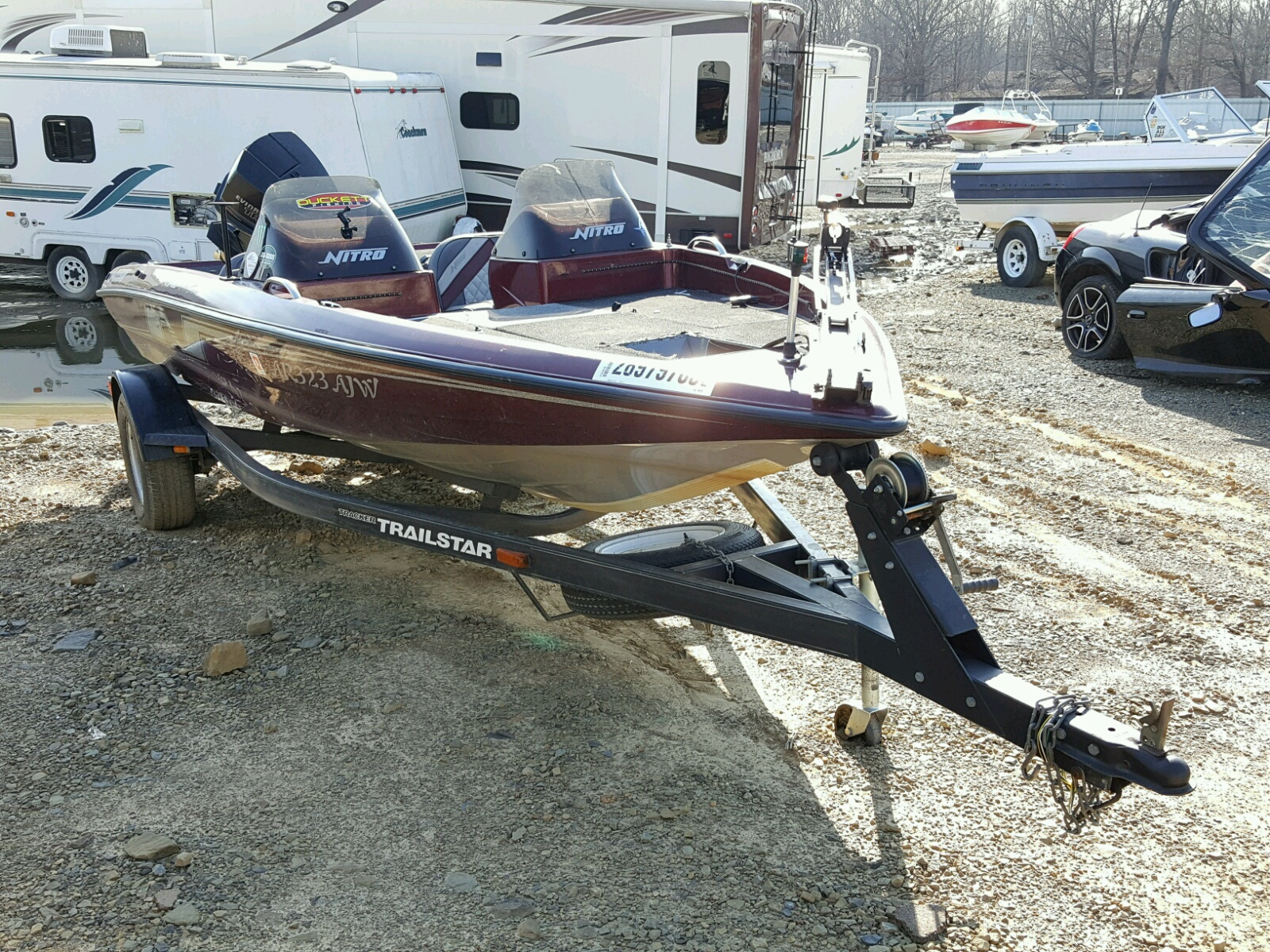 Salvage 1993 Tracker BOAT for sale