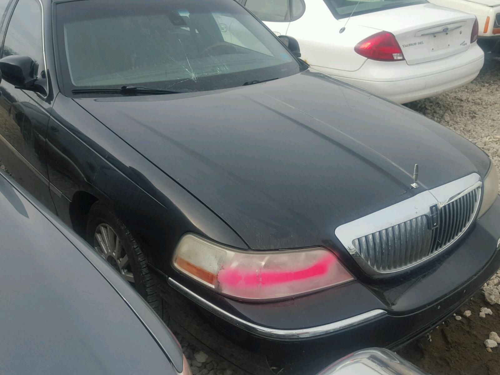 1lnhm85w73y664140 2003 Black Lincoln Town Car C On Sale In Mn 46l Left View