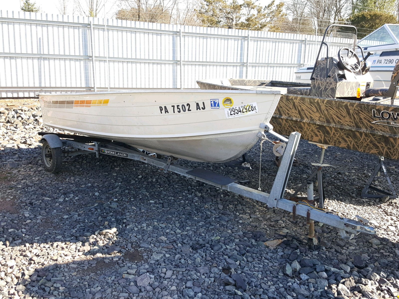 Salvage 1986 Grum BOAT for sale