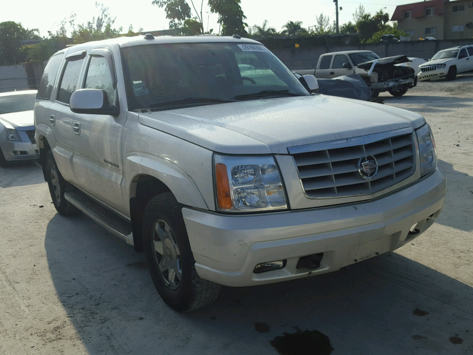news amazing ratings escalade cadillac reviews sale msrp for with