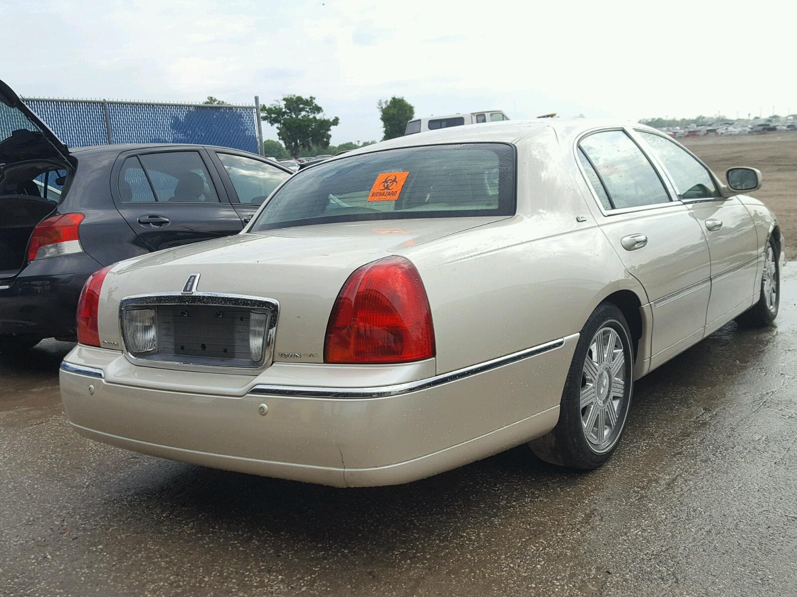 ... 2003 LINCOLN TOWN CAR C #4 ...