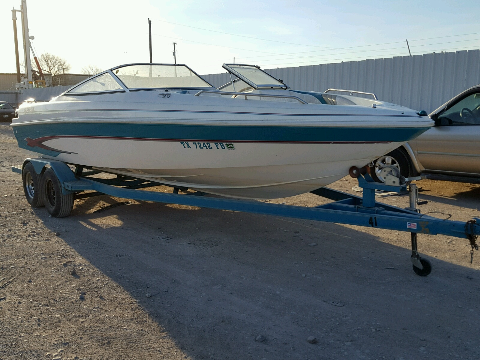 Salvage 1997 Glastron GS-225 for sale