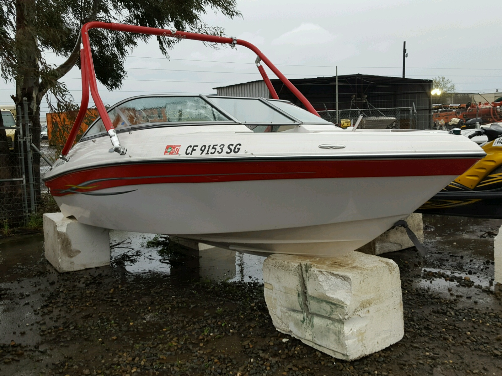 Salvage 2006 Four Winds BOAT for sale