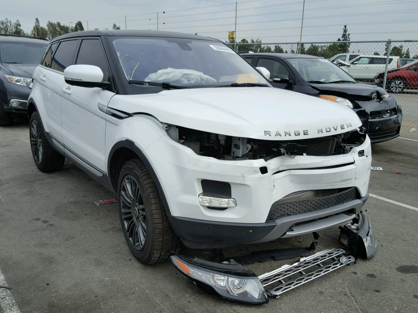 lansing landrover gray online vehicle view for title auctions auto sale copart angle flood hse of in on rover cert land carfinder mi en lot