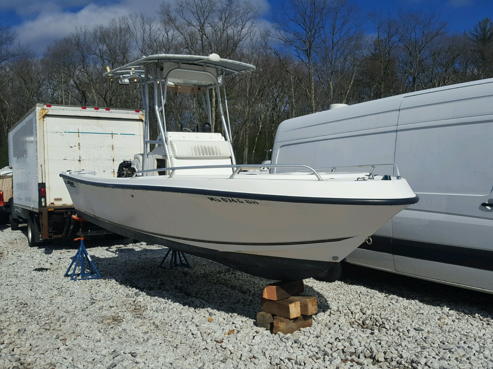 Salvage 1999 Mako BOAT for sale