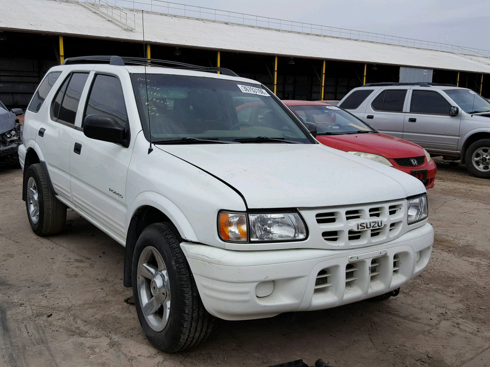 Salvage 2001 Isuzu RODEO S for sale