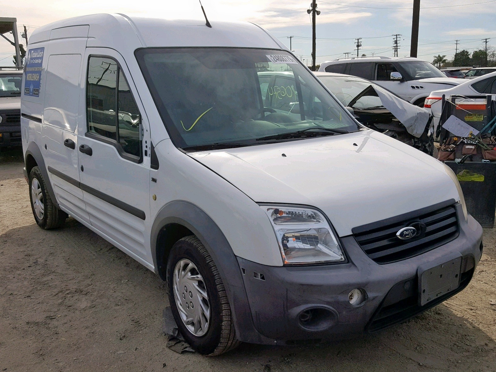 NM0LS7AN5DT165120 - 2013 Ford Transit Co 2.0L Left View