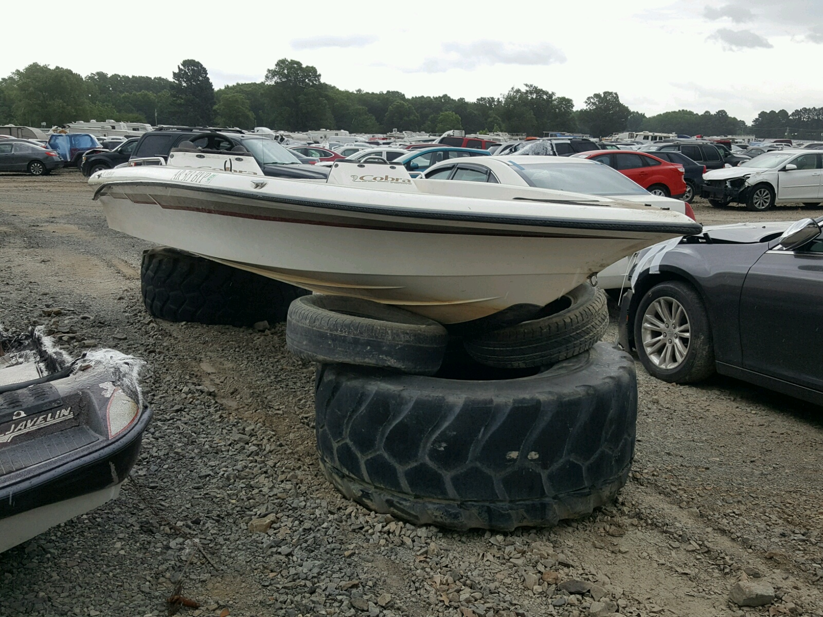 Salvage 1999 Vipr MARINE LOT for sale