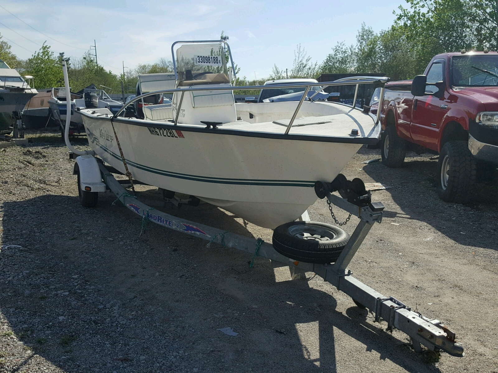 Salvage 2000 Mariah BOAT for sale