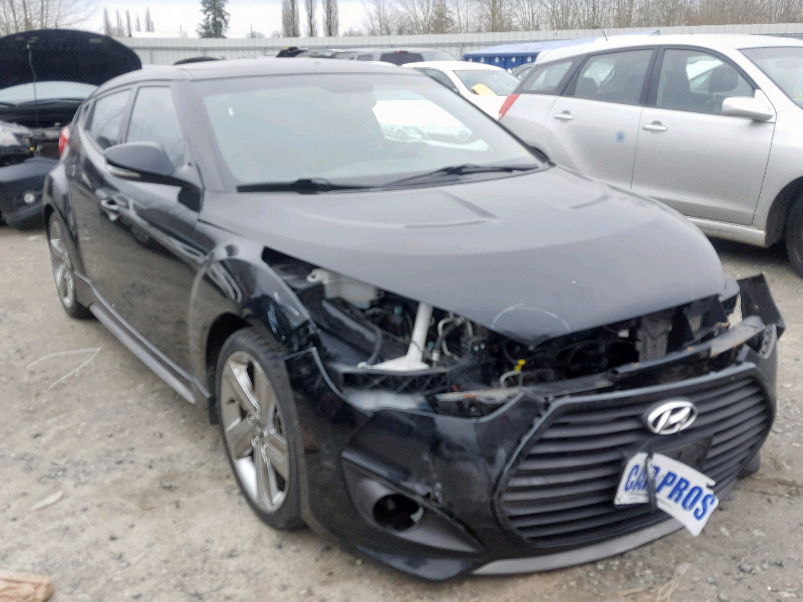 Salvage 2013 Hyundai VELOSTER T for sale