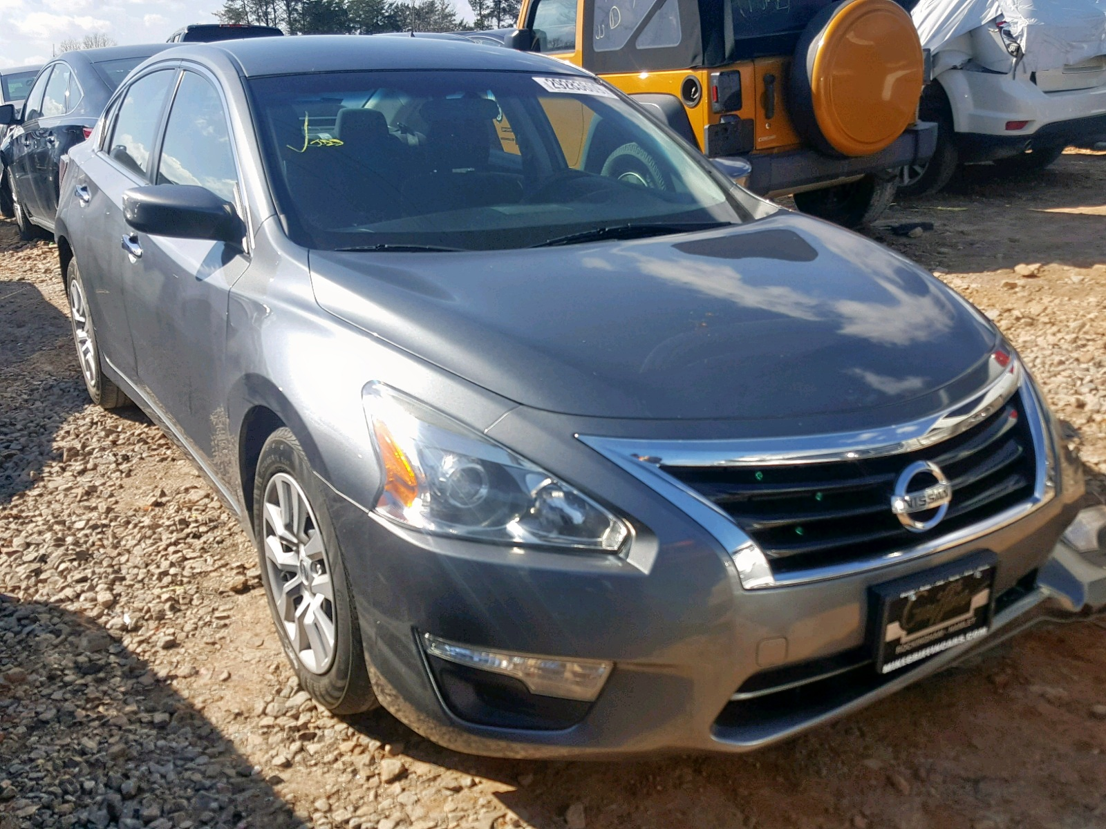 Salvage 2015 Nissan ALTIMA 2.5 for sale
