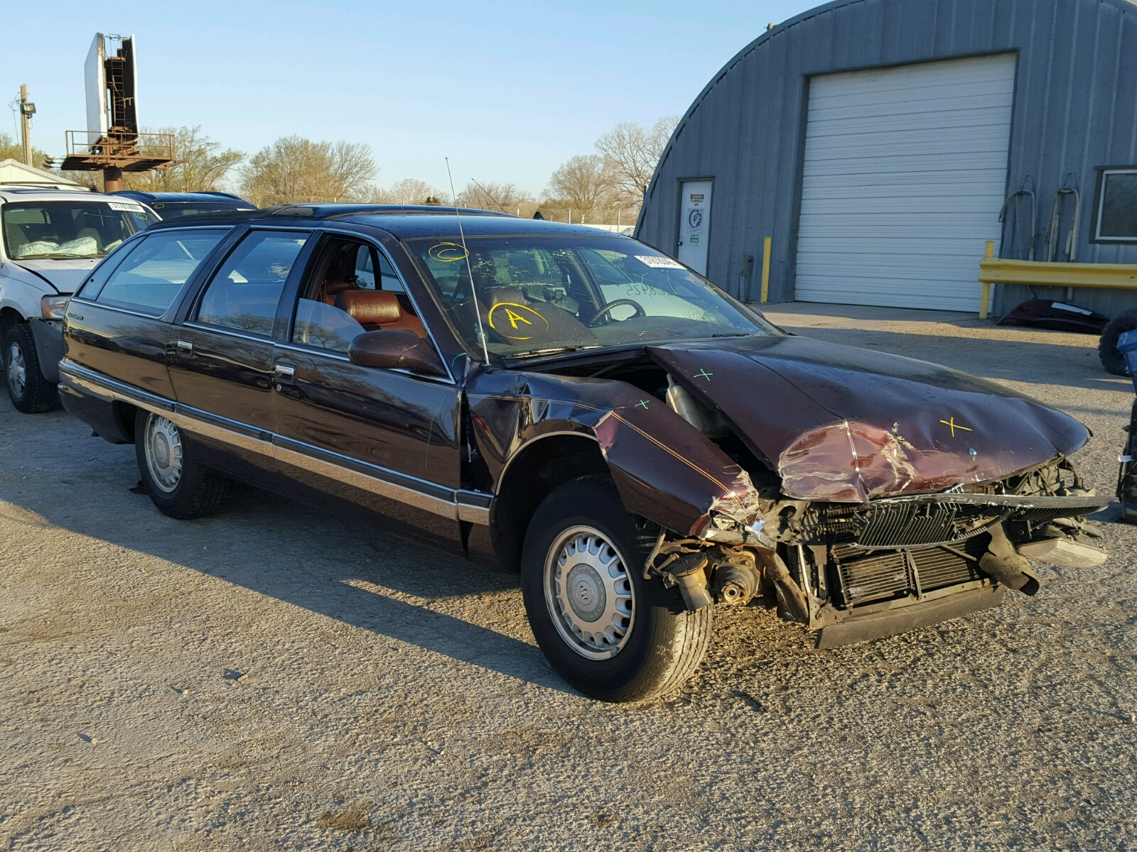Salvage 1995 Buick ROADMASTER for sale