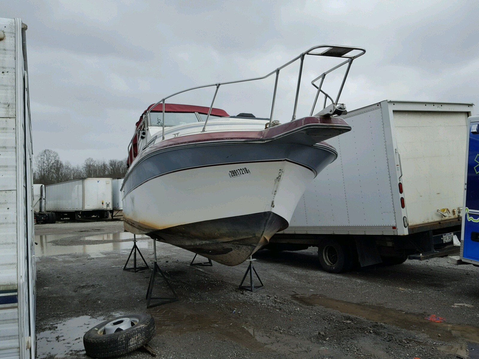 Salvage 1986 Holiday Rambler MARINE LOT for sale