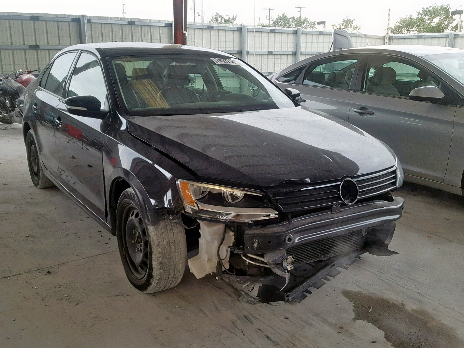 Salvage 2014 Volkswagen JETTA SE for sale