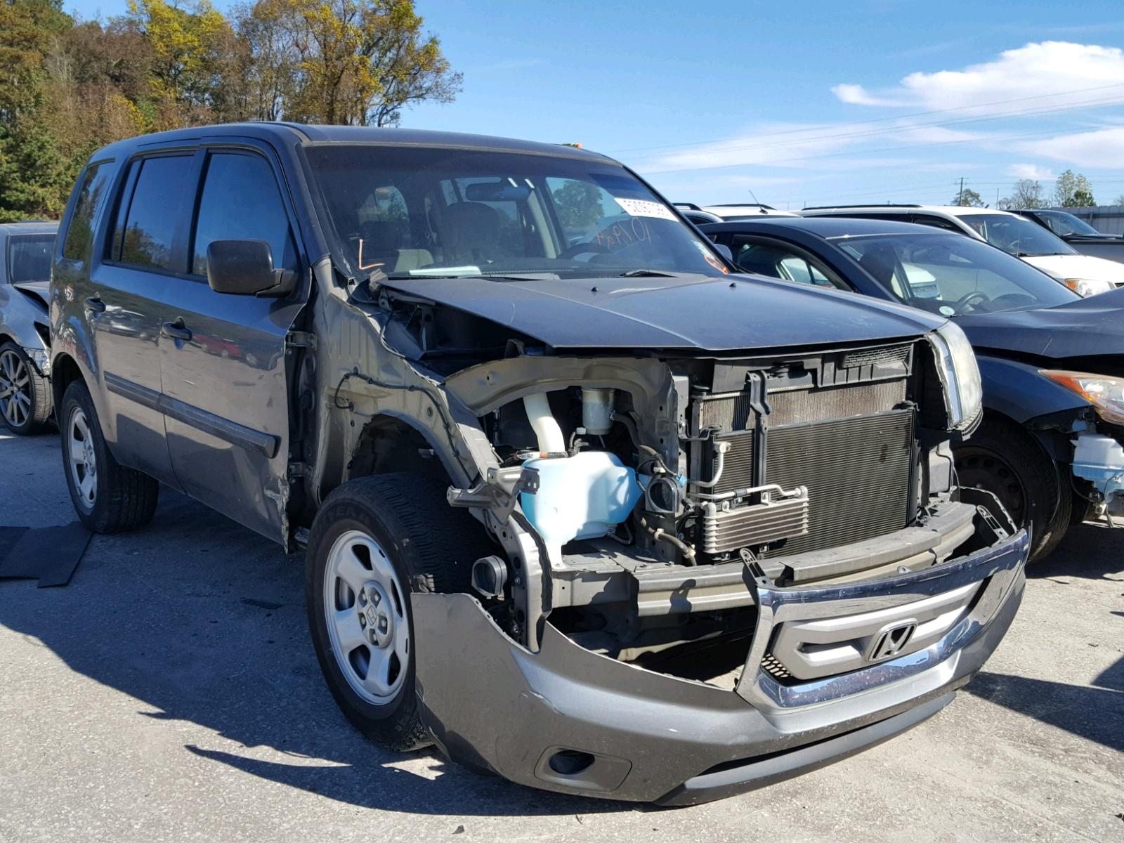 Salvage 2011 Honda PILOT LX for sale