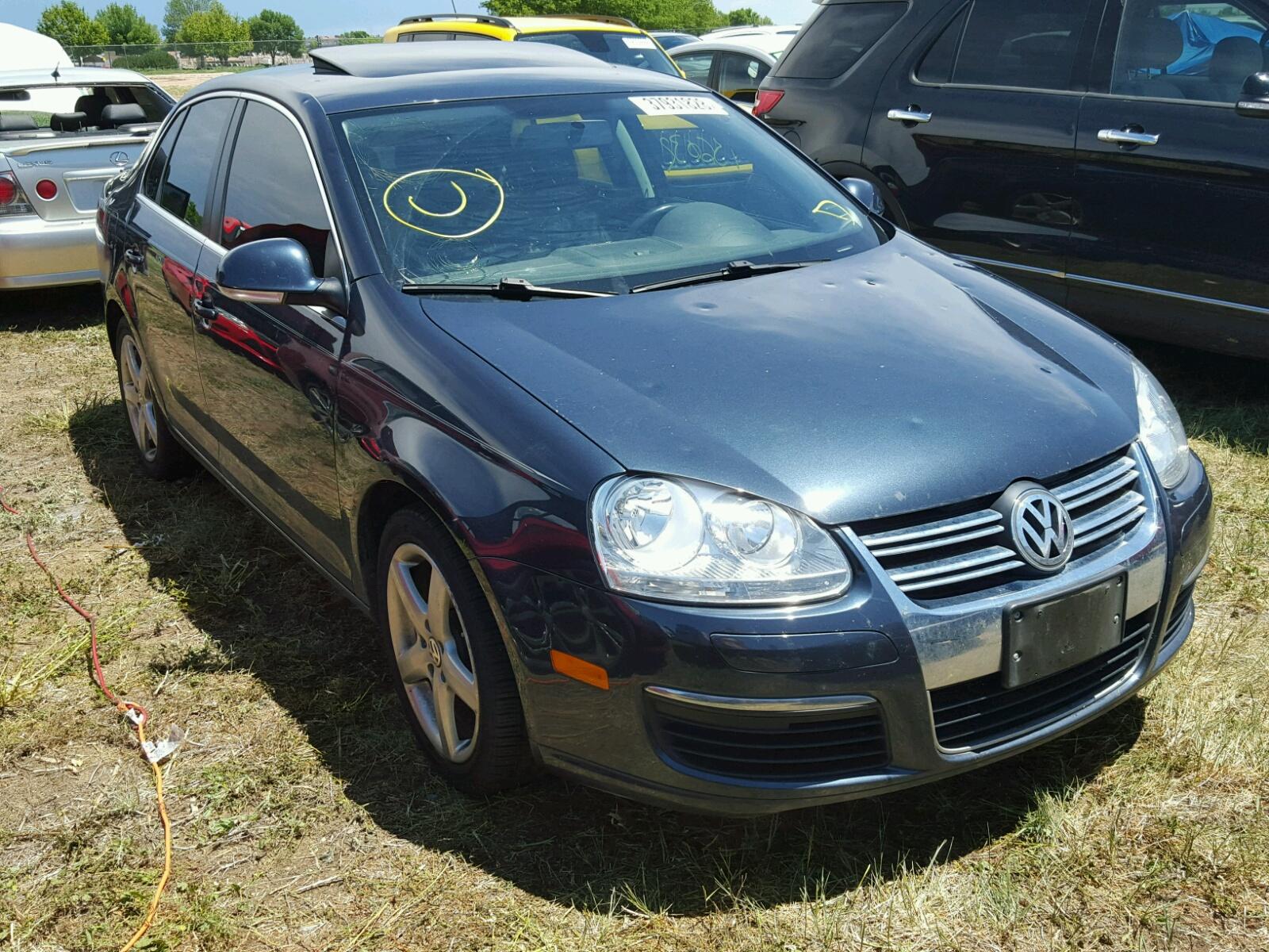 Salvage 2010 Volkswagen JETTA TDI for sale