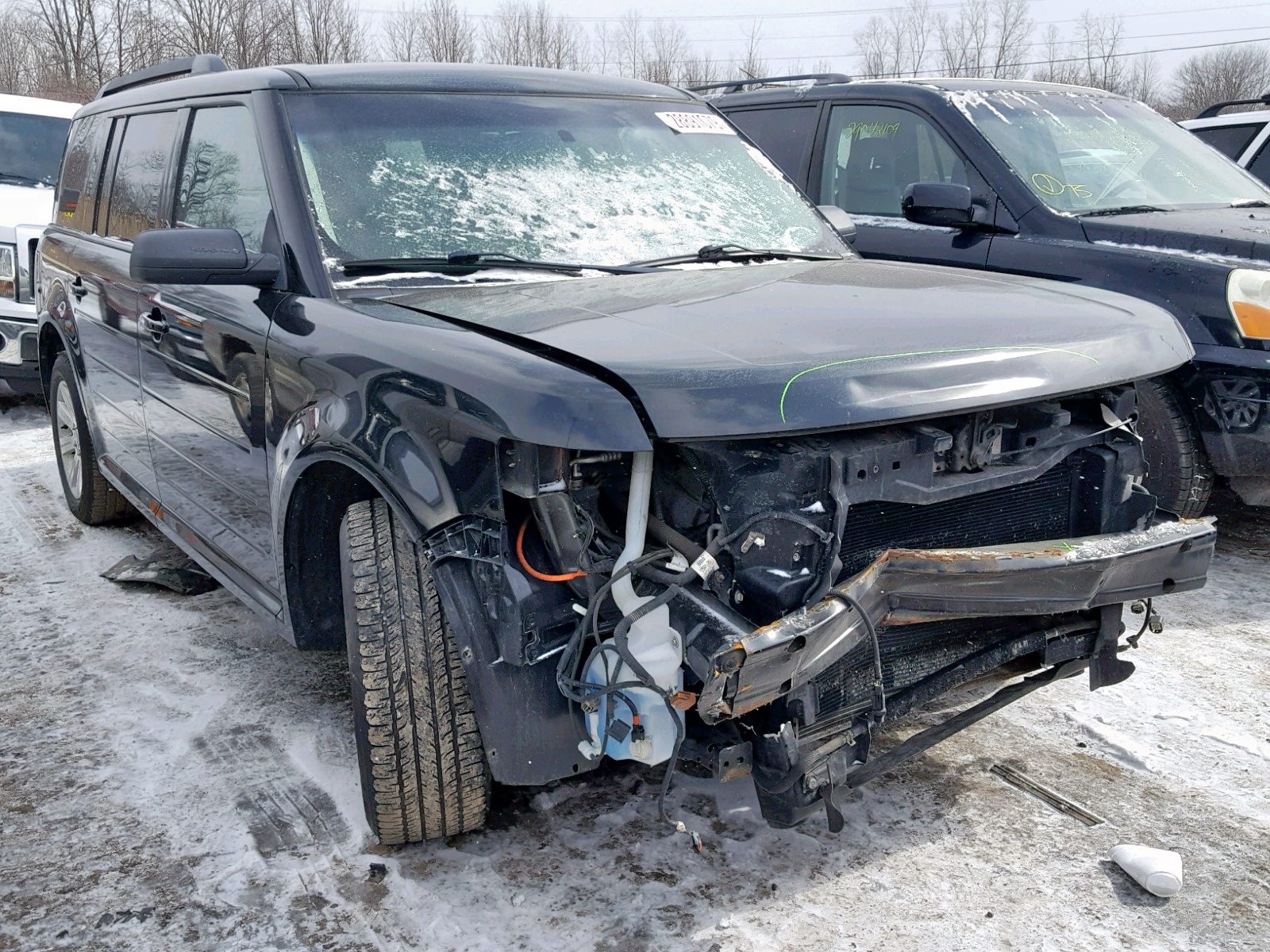 Salvage 2011 Ford FLEX SE for sale
