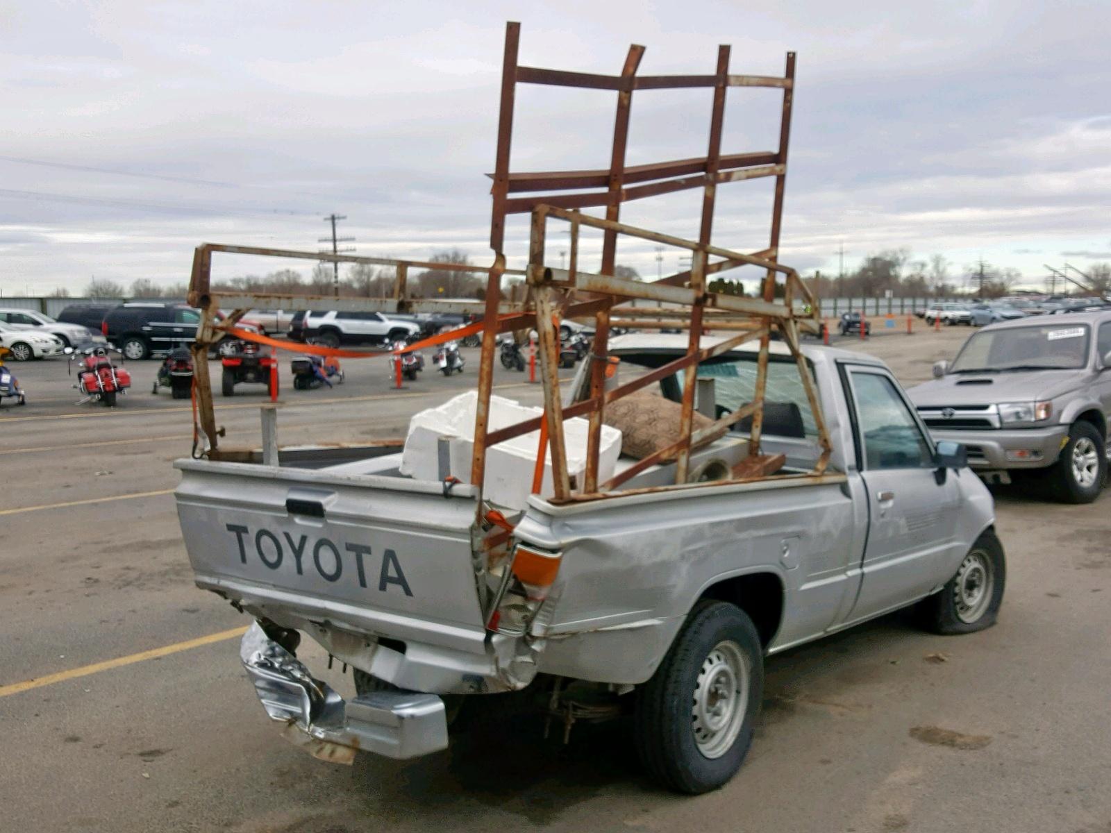 1987 toyota pickup rear bumper