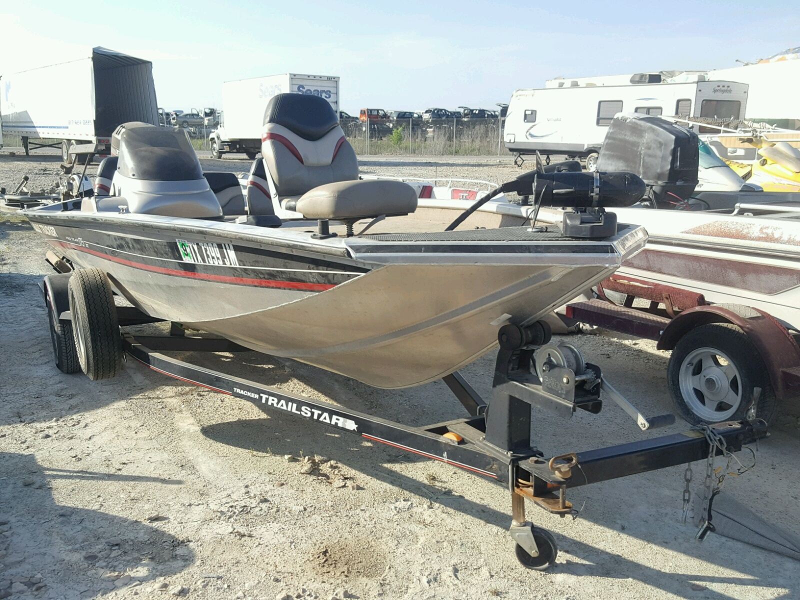 Salvage 2001 Tracker BOAT for sale