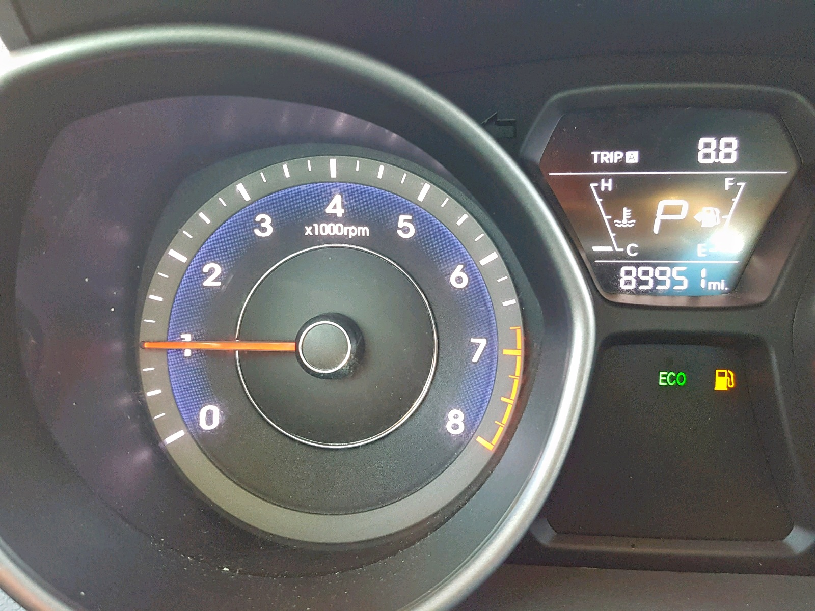 2016 Hyundai Elantra Se 1.8L front view