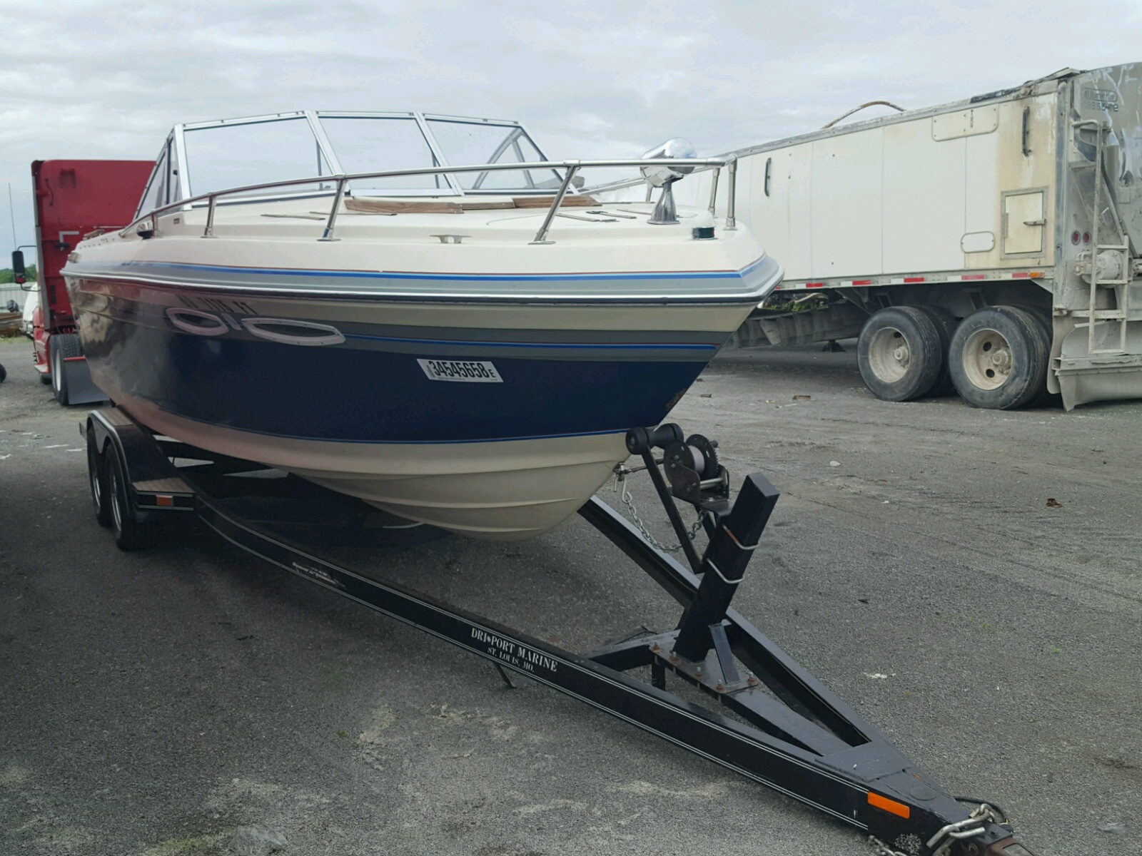 Salvage 1988 Char BOAT for sale