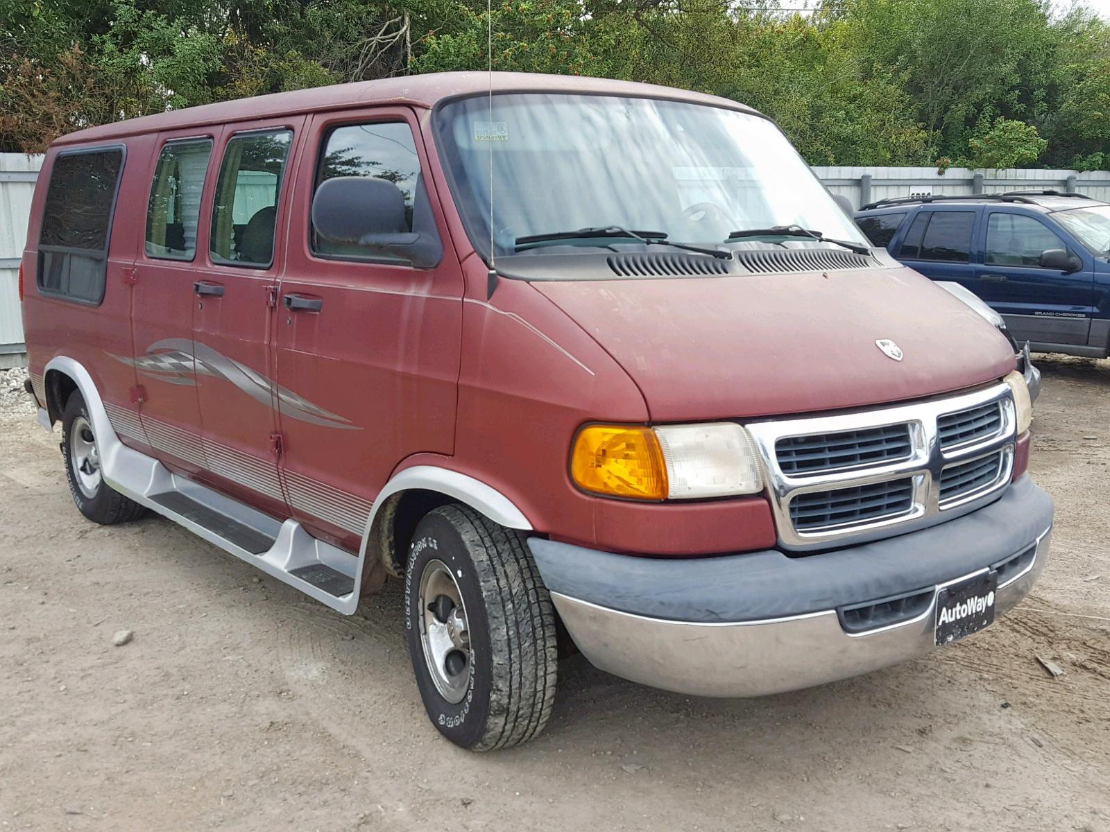 Salvage 1999 Dodge RAM VAN B1 for sale