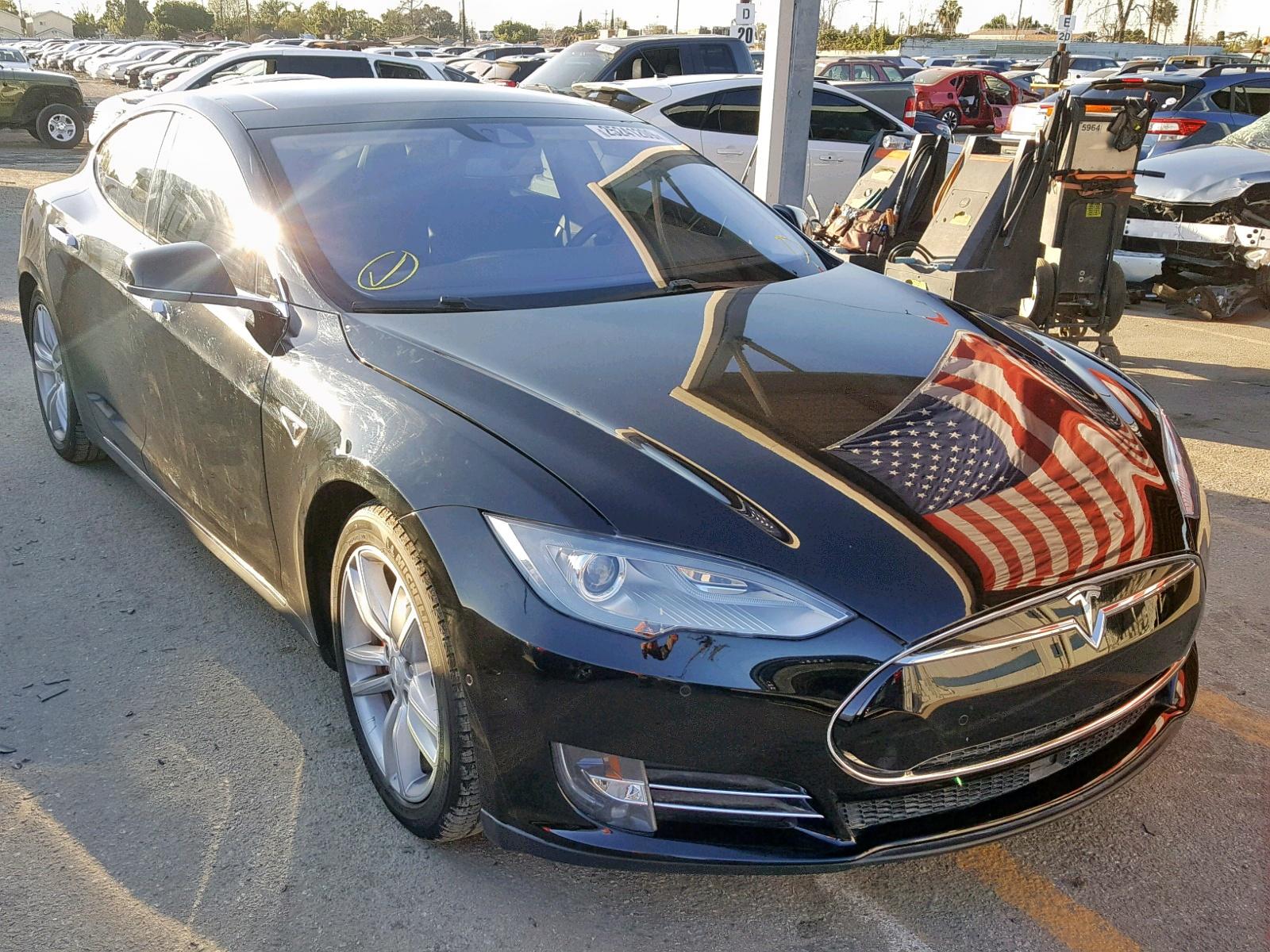 2014 Tesla Model S in CA - Los Angeles (5YJSA1H2XEFP64142 ...