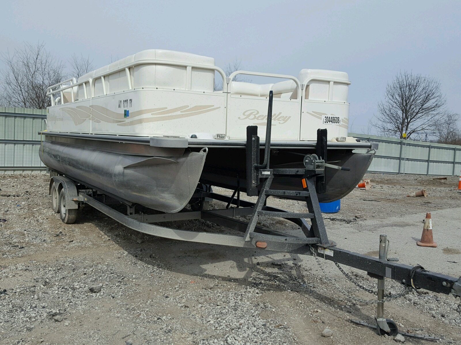 Salvage 2009 Bentley BOAT for sale