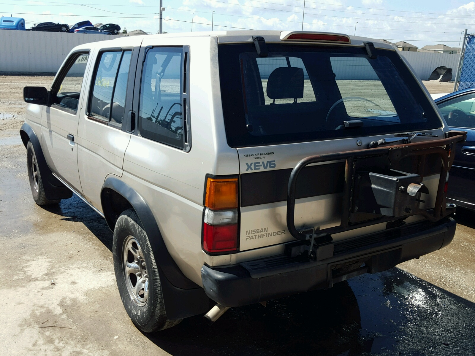 1995 Nissan Pathfinder For Sale At Copart Riverview FL Lot