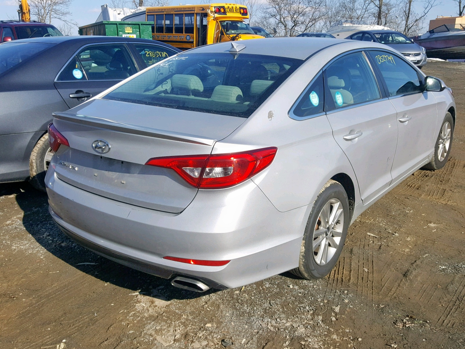 2015 Hyundai Sonata Se 2.4L rear view