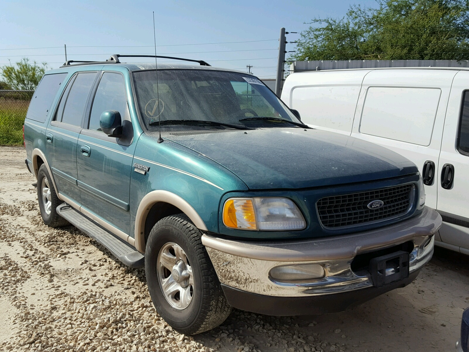Salvage 1997 Ford EXPEDITION for sale