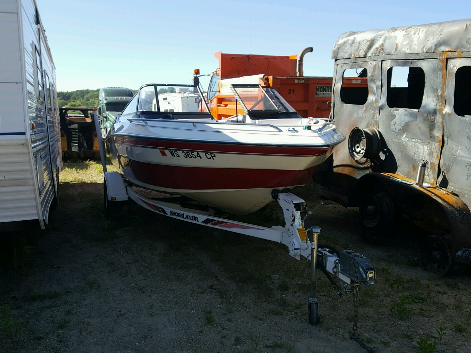 Salvage 1990 Glastron BOAT for sale