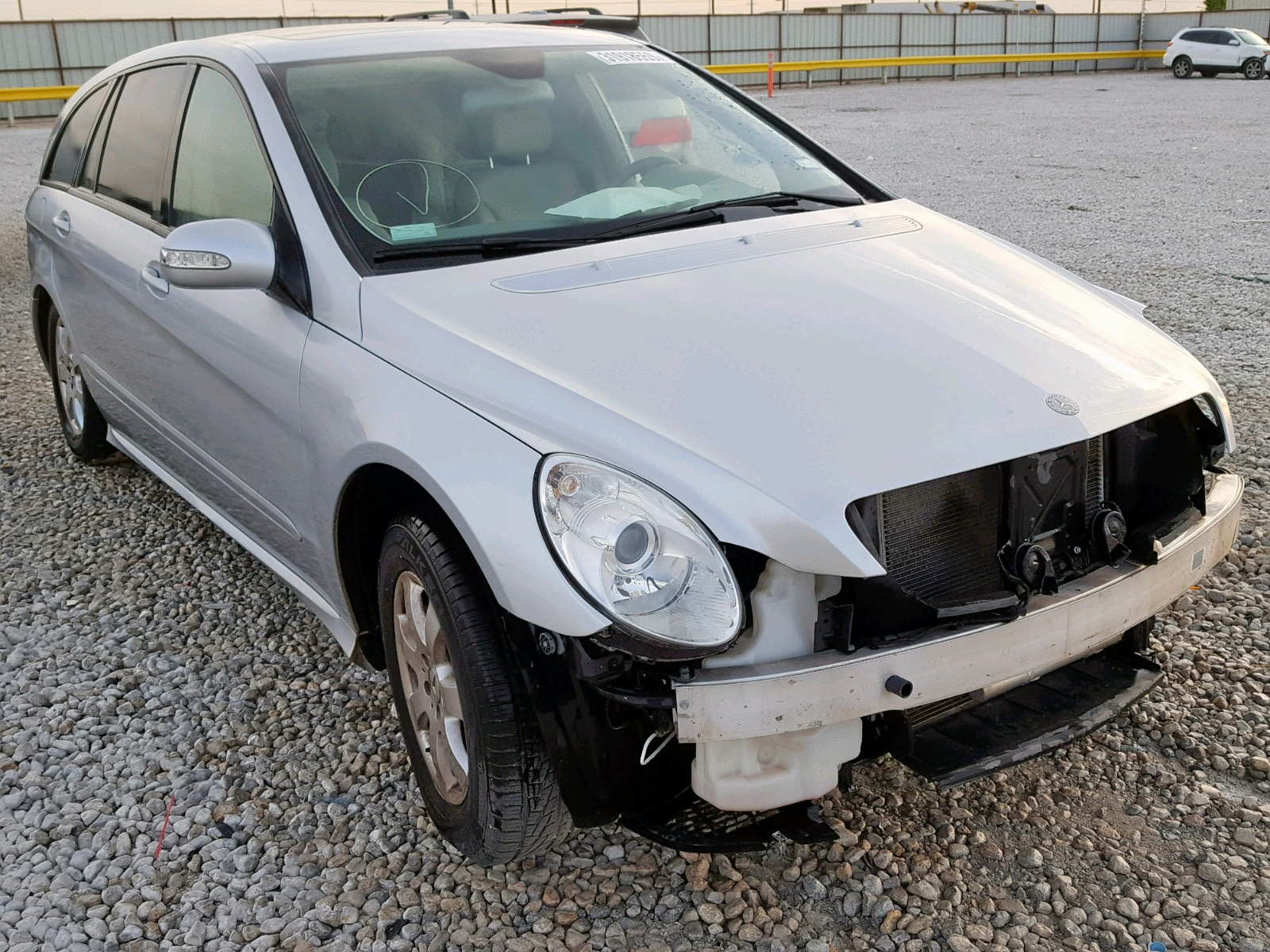 Salvage 2006 Mercedes-Benz R 350 for sale
