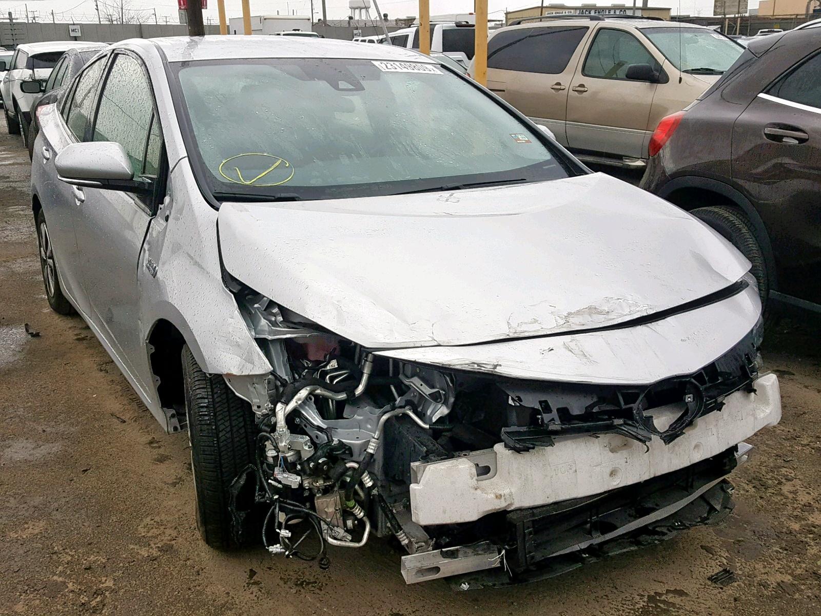 Salvage 2017 Toyota PRIUS PRIM for sale