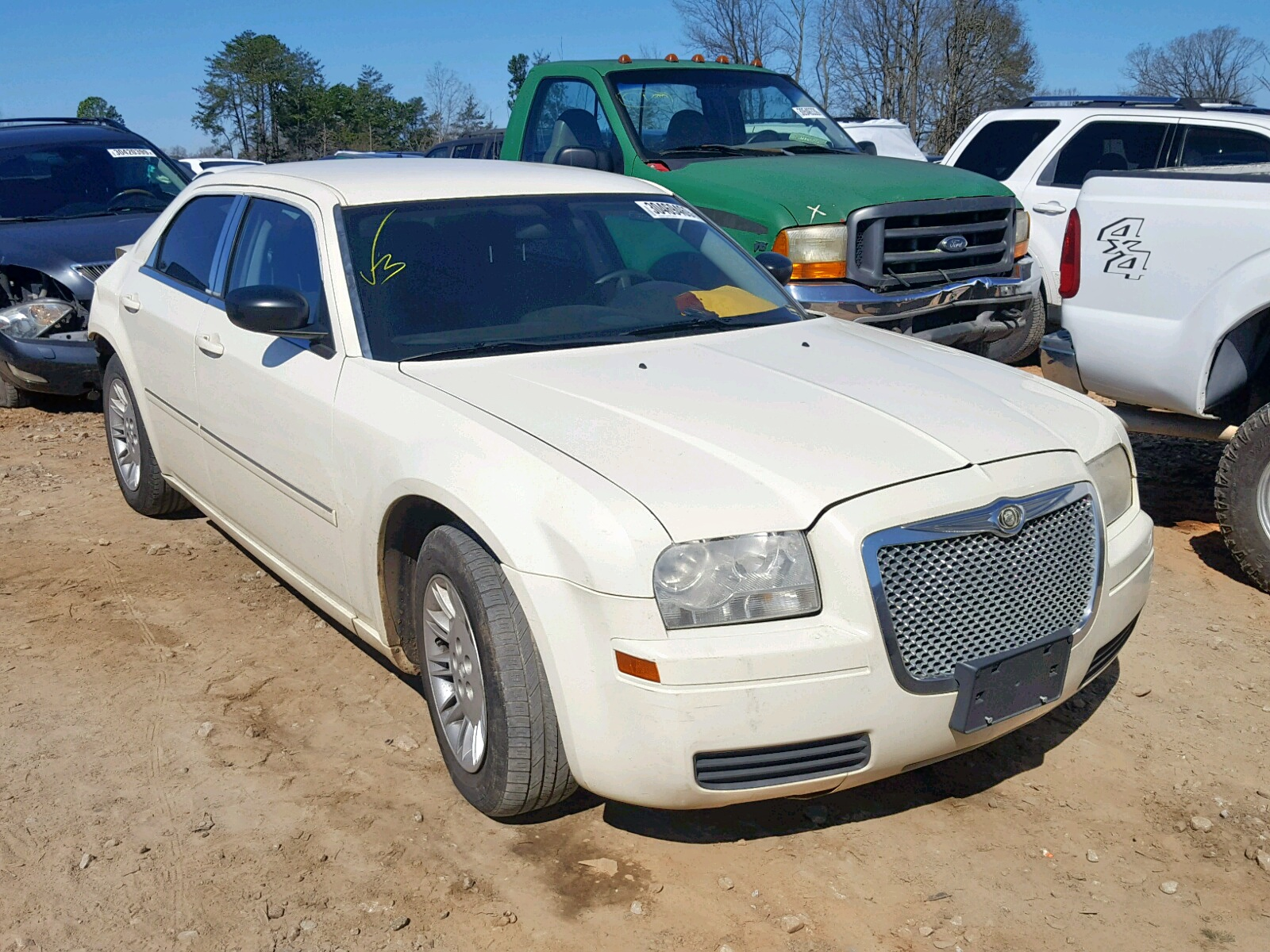 Salvage 2007 Chrysler 300 for sale