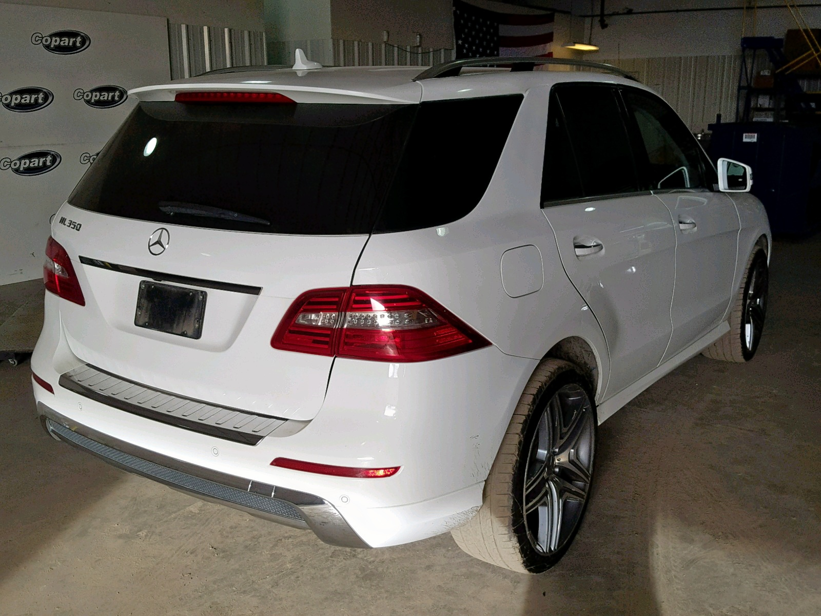 4JGDA5JB7EA343090 - 2014 Mercedes-Benz Ml 350 3.5L rear view