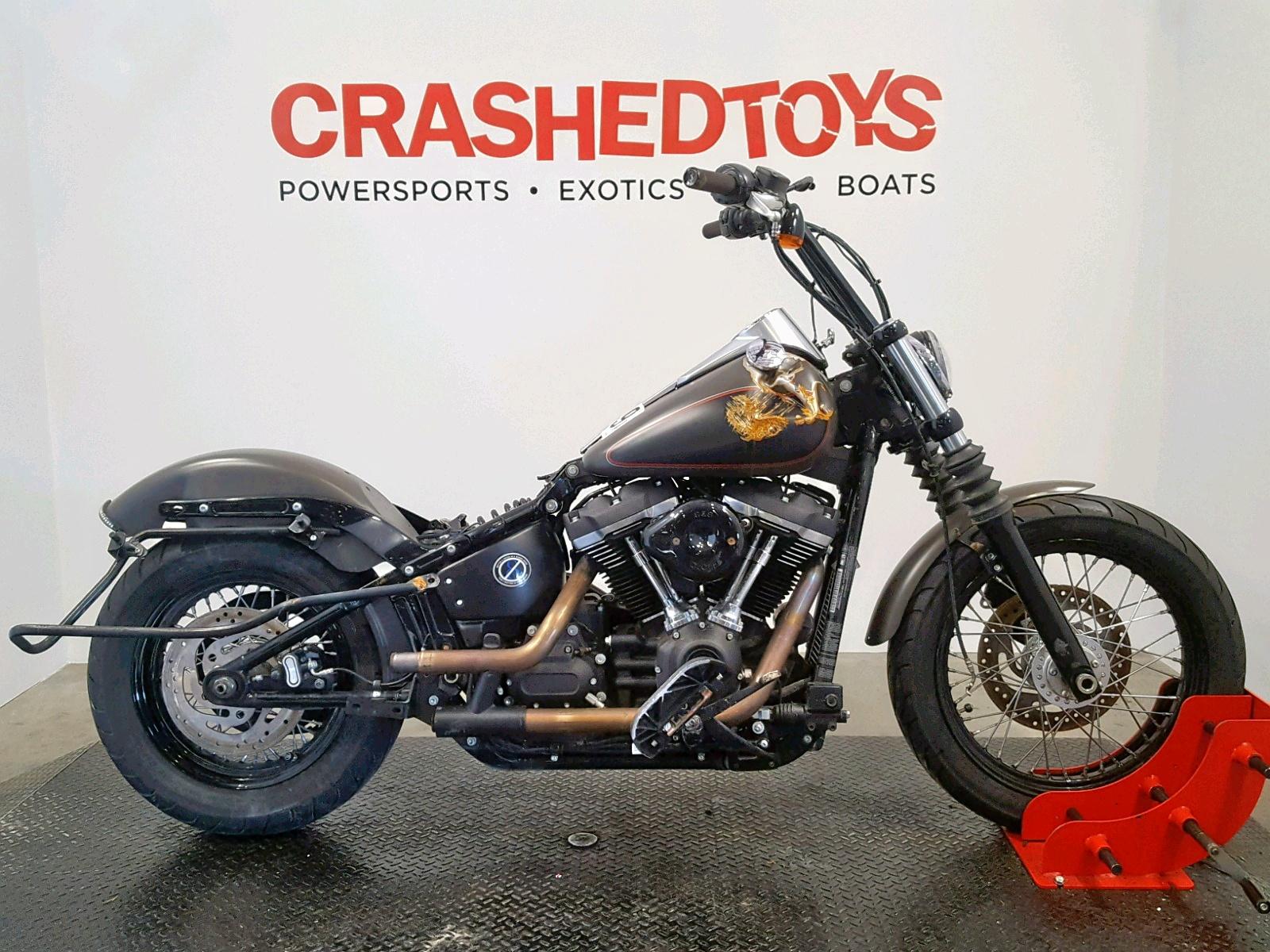 Salvage 2018 Harley-Davidson FXBB STREET for sale