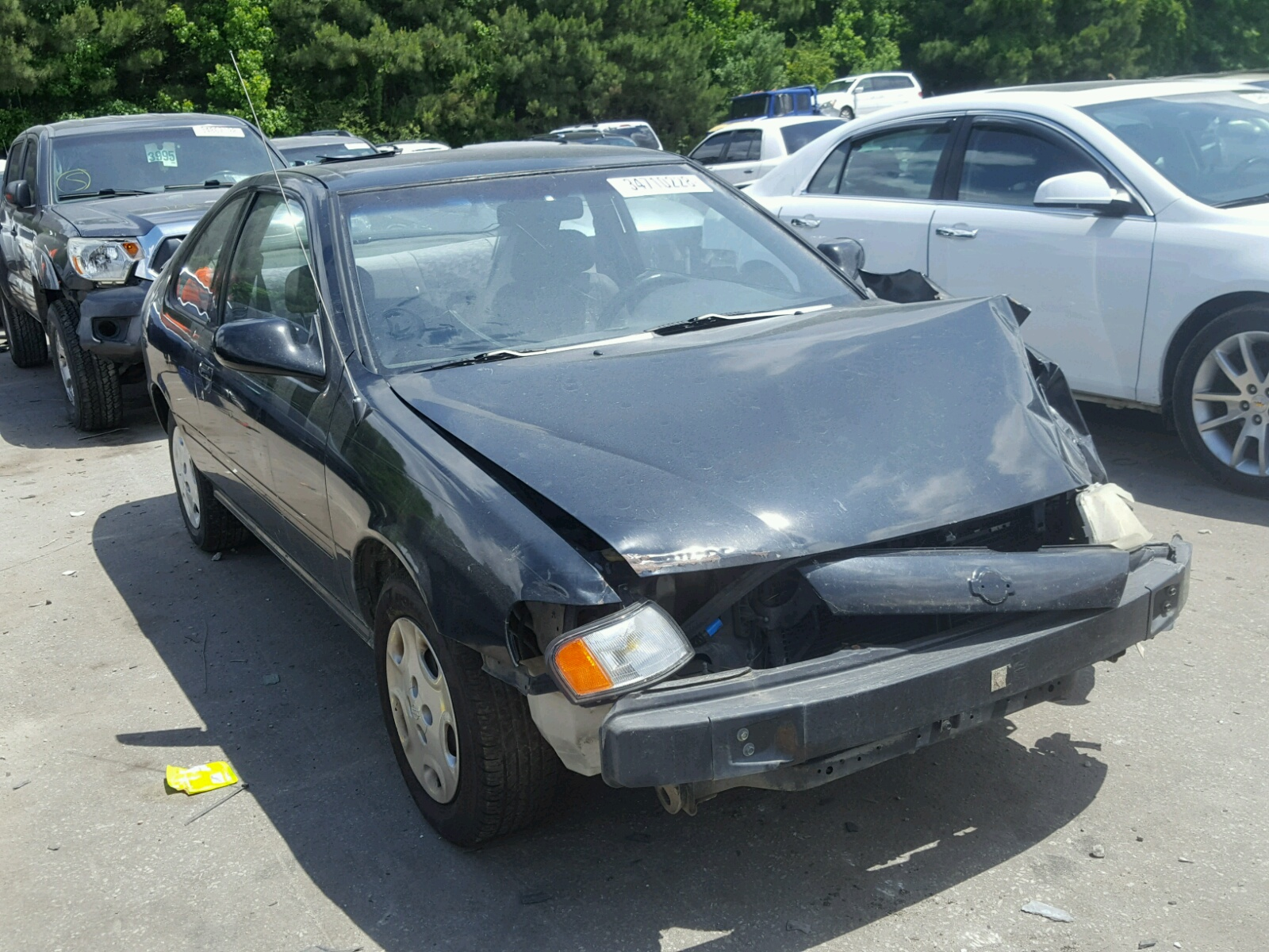 Salvage 1998 Nissan 200SX BASE for sale
