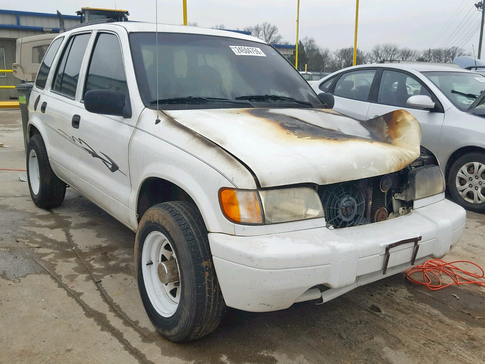 Salvage 2000 KIA SPORTAGE for sale