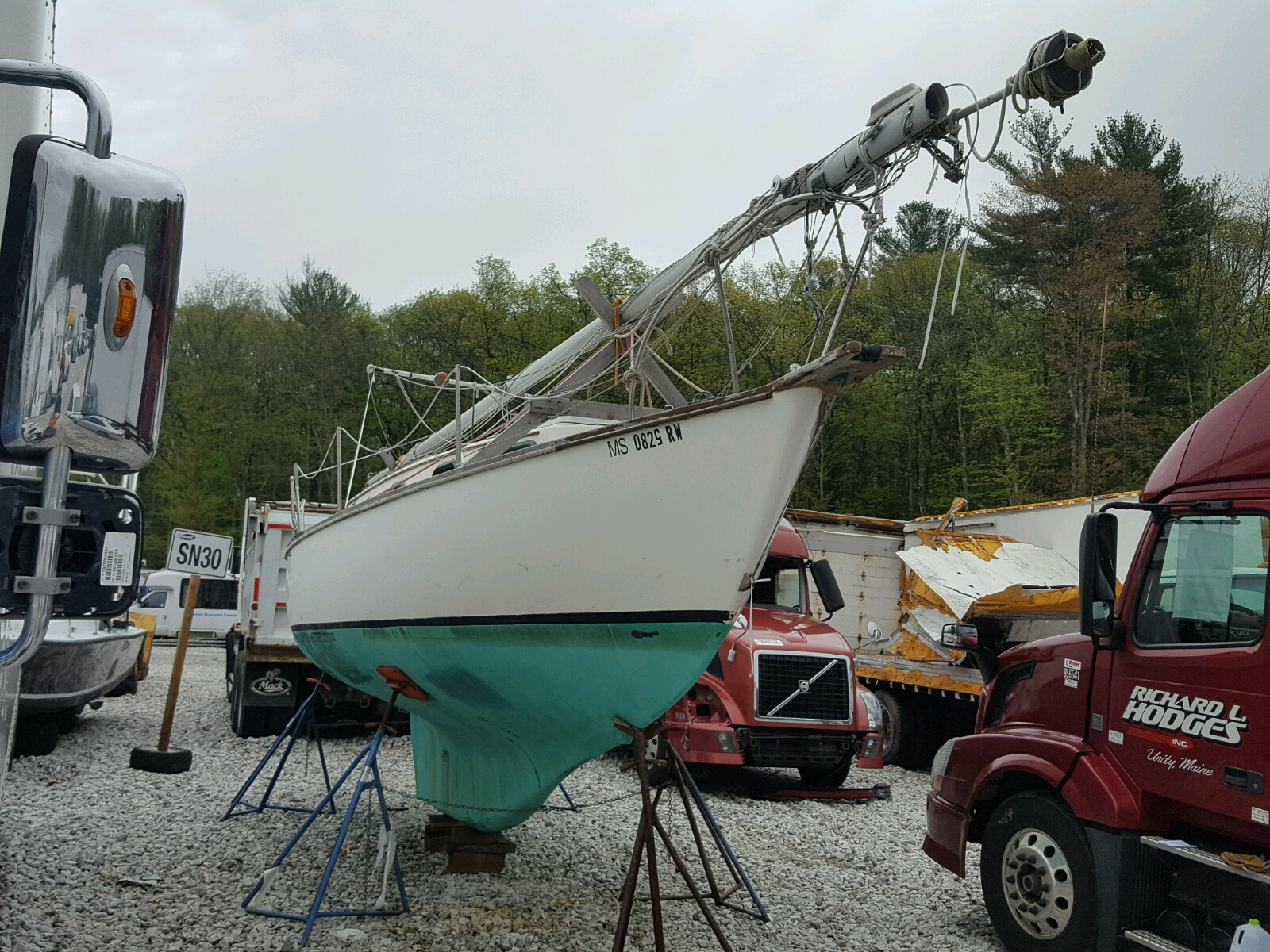Salvage 1978 Capd BOAT for sale