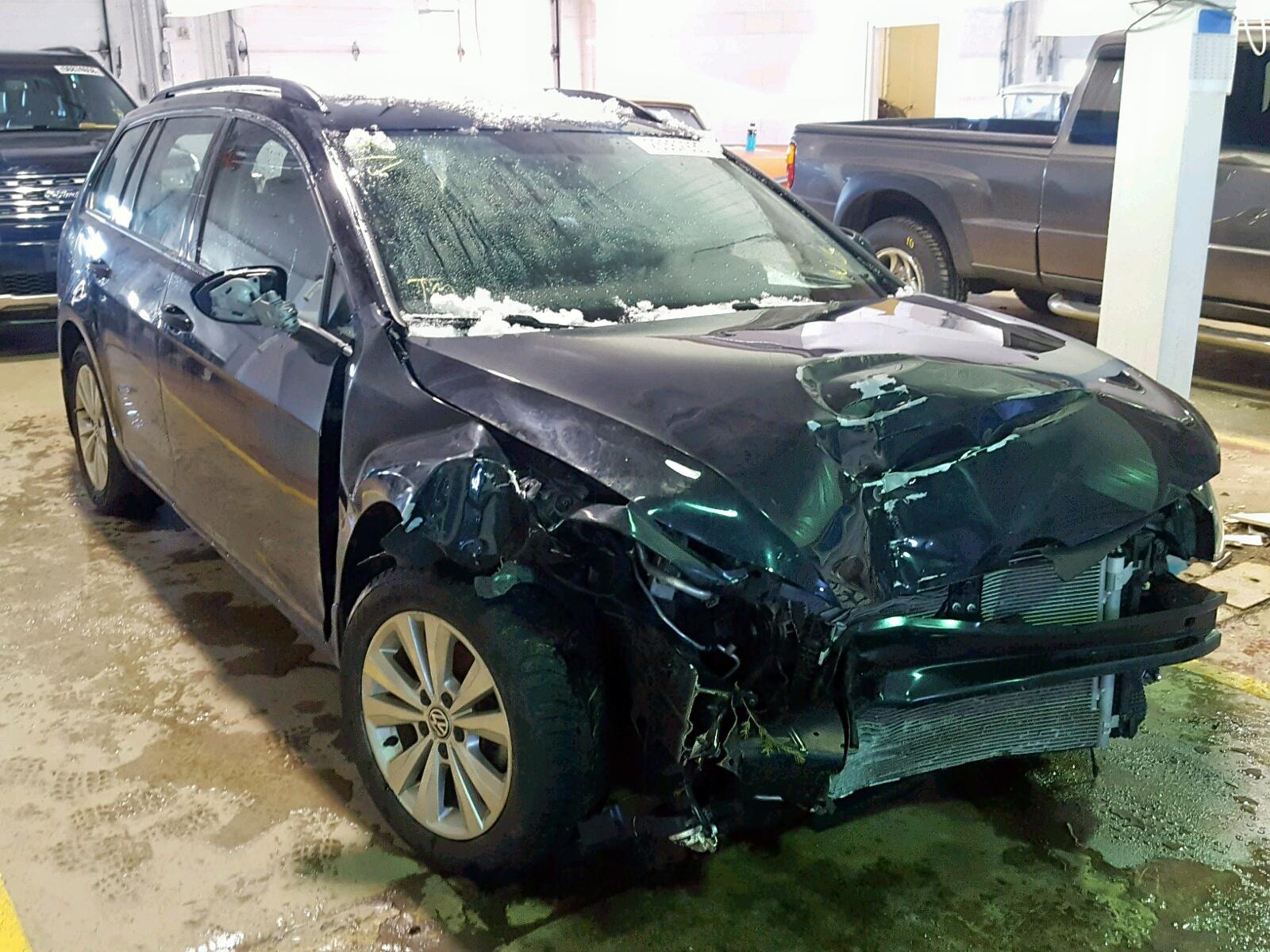 Salvage 2017 Volkswagen GOLF SPORT for sale