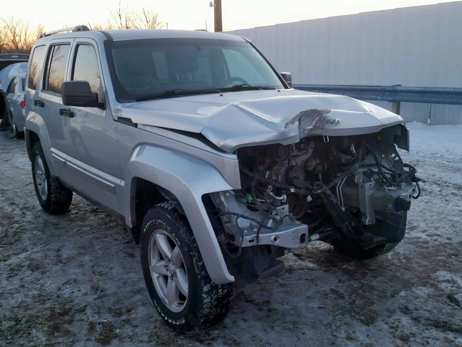 Salvage 2012 Jeep LIBERTY LI for sale