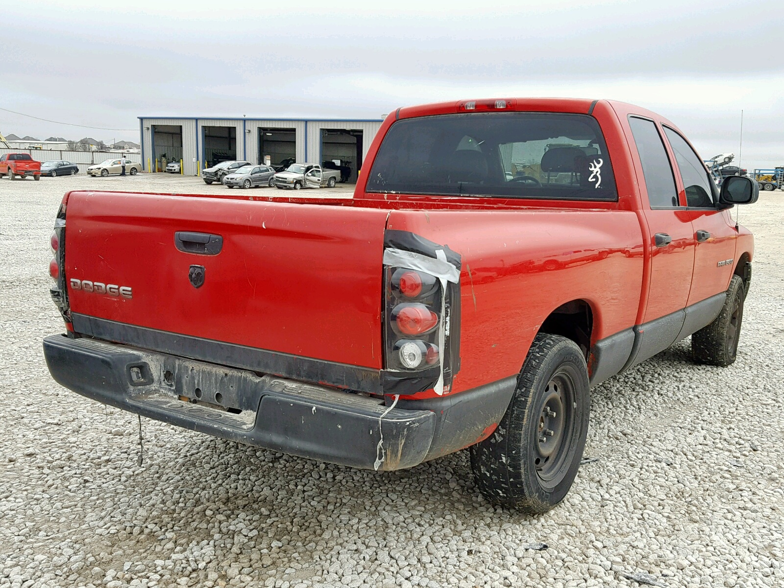 1D7HA18N64J135754 - 2004 Dodge Ram 1500 S 4.7L rear view