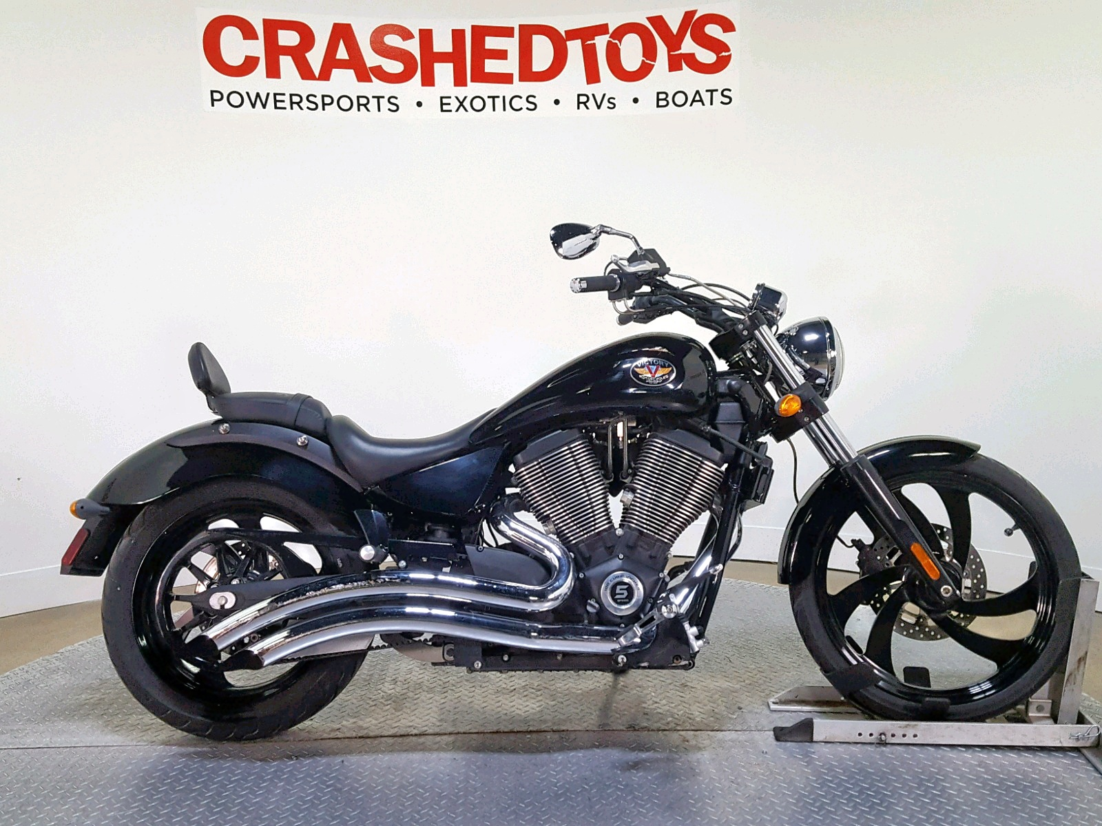 Salvage 2007 Victory VEGAS 8-BA for sale