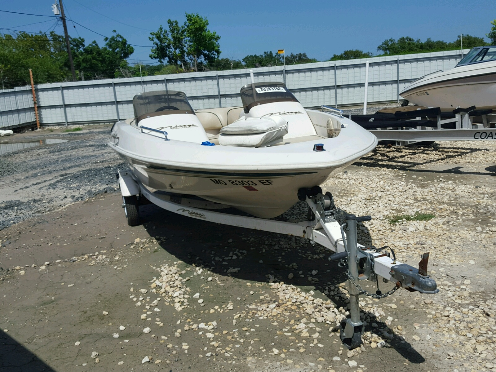 Salvage 1999 Suga MIRAGE for sale
